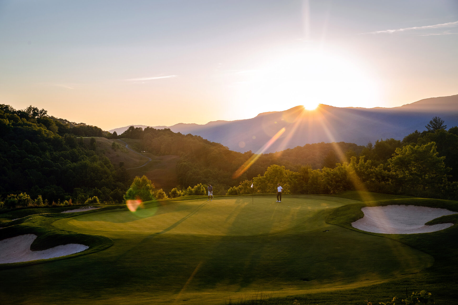 balsam mountain golf hole 16 green